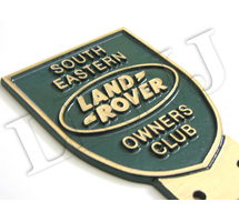 LAND ROVER OWNERS CLUB SOUTH EASTERN NEW ORIGINAL BADGE BRONZE CAST